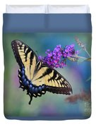 Eastern Tiger Swallowtail Butterfly On Butterfly Bush Duvet Cover