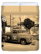 Route 66 - Shea's Gas Station Duvet Cover