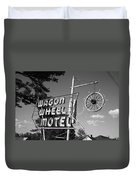 Route 66 - Wagon Wheel Motel Duvet Cover