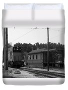 760 Passing The Yard House Bw Duvet Cover