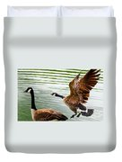 A Pair Of Canada Geese Landing On Rockland Lake Duvet Cover