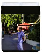 A Street Entertainer In The Hollywood Section Of Universal Studios Duvet Cover