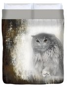 Angry Owl's Talons Duvet Cover