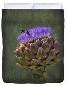 Artichoke Bloom And Bee Dip Duvet Cover