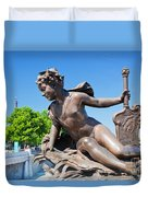 Artistic Statue On Alexandre Bridge Against Eiffel Tower Duvet Cover