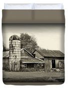 Barn - Old And Run Down Duvet Cover
