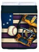 Baseball Catchers Mask Vintage On American Flag Duvet Cover