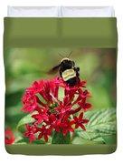 Bee On Flower Cluster Duvet Cover