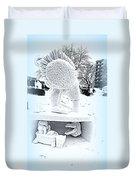Big Bird Snow Sculpture Duvet Cover