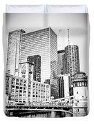 Black And White Picture Of Chicago At Lasalle Bridge Duvet Cover