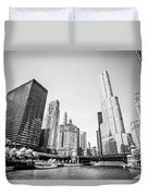 Black And White Picture Of Downtown Chicago Duvet Cover