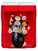 Black Vase With Daisies Duvet Cover