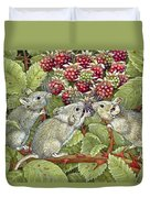 Blackberrying Duvet Cover