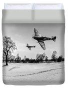Low-flying Spitfires Black And White Version Duvet Cover