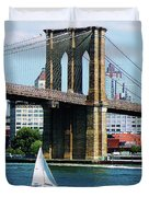 Bridge - Sailboat By The Brooklyn Bridge Duvet Cover