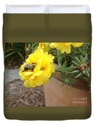 Brilliant Rose Flower With Buzzy Bee Duvet Cover