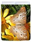 Butterfly And Daisies Duvet Cover