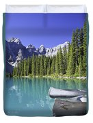 Canoes In Moraine Lake And Valley Of Duvet Cover