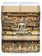 Carved Figures At Wat Mahathat In 13th Century Sukhothai Histori Duvet Cover