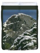 104619-castle Rock In Winter Dress Duvet Cover