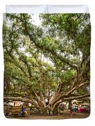 Central Court - Banyan Tree Park In Maui. Duvet Cover