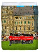 Changing Of The Guard In Front Of The Parliament Building In Ottawa-on Duvet Cover