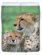 Cheetah Mother And Cub Duvet Cover