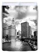 Chicago Downtown At Michigan Avenue Bridge Picture Duvet Cover