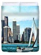 Chicago Il - Sailboat Against Chicago Skyline Duvet Cover