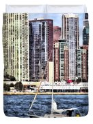 Chicago Il - Sailing On Lake Michigan Duvet Cover