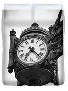 Chicago Macy's Marshall Field's Clock In Black And White Duvet Cover