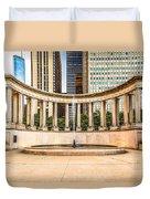 Chicago Millennium Monument In Wrigley Square Duvet Cover