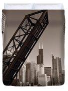 Chicago River Traffic Bw Duvet Cover