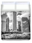 Chicago Skyline Lurie Garden Black And White Picture Duvet Cover