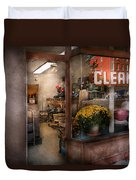 Cleaner - Ny - Chelsea - The Cleaners Duvet Cover