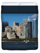 Close View Of Downtown Manhattan Eastern Skyline Duvet Cover
