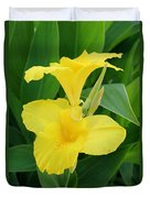 Closeup Of A Tropical Yellow Canna Lily Duvet Cover