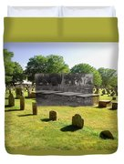 Col. Benjamin Church And Elisabeth Pabodie Gravesites In Little Compton Ri Duvet Cover
