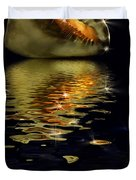 Conch Sparkling With Reflection Duvet Cover