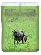 Cow With Calf On Thorpe Hillside Duvet Cover