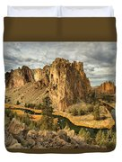Croooked River Around The Jagged Peaks Duvet Cover