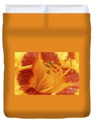 Day Lily In The Rain - 688 Duvet Cover