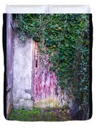 Door Covered In Ivy Duvet Cover