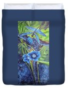 Dragonfly Hunt For Food In The Flowerhead Duvet Cover