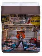 Elvis Presley At Albuquerque's 66 Diner Duvet Cover