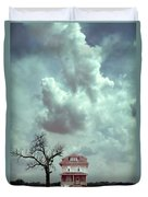 Farmhouse And Tree Duvet Cover
