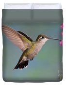 Female Magnificent Hummingbird At Flower Duvet Cover