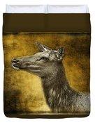Female Yellowstone Elk Duvet Cover