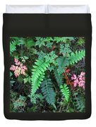 Ferns Along The Columbia River Duvet Cover