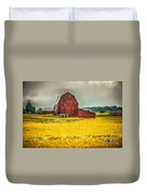 Field And Barn Duvet Cover